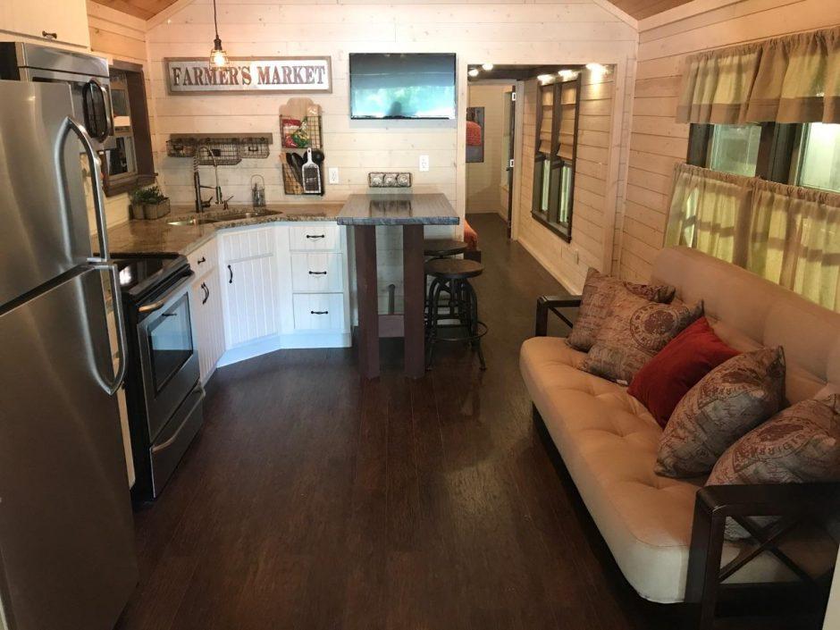 Jellystone Park cabin